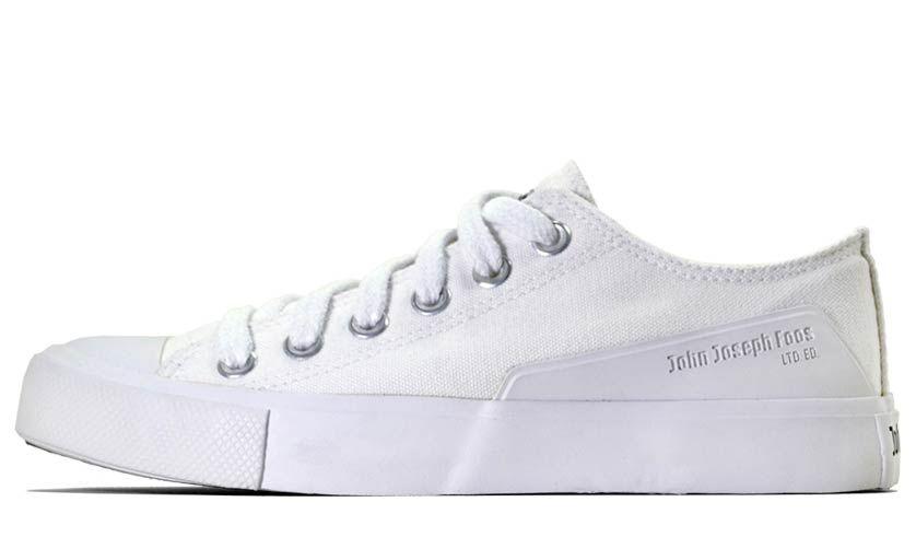 182-Shark-Totally-White